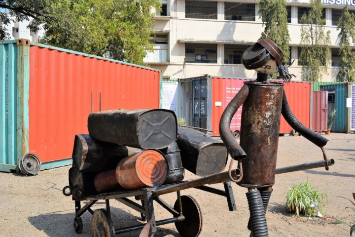 junk-art-at-sspms-ground-shivaji-nagar