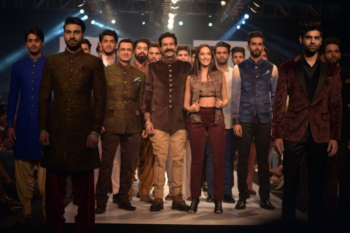 Designer Rohit Kamra showcasing Ethnic Men's Collection