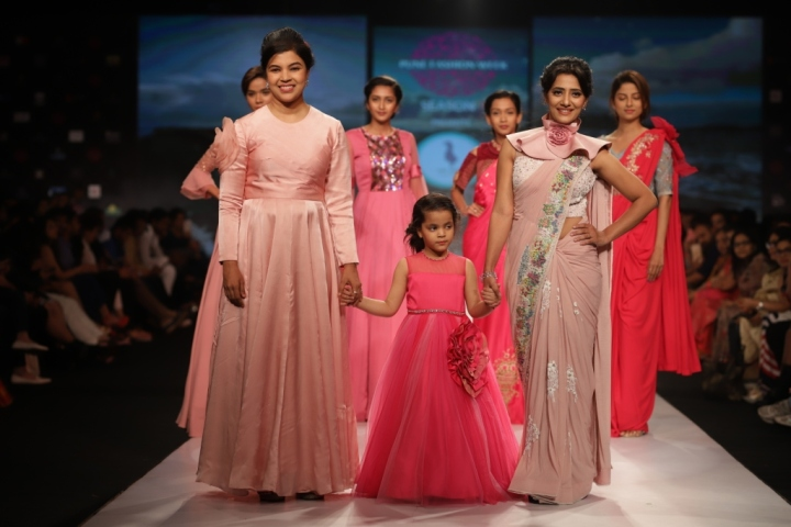 Rituja Shinde walked the ramp for Shikha Kothari