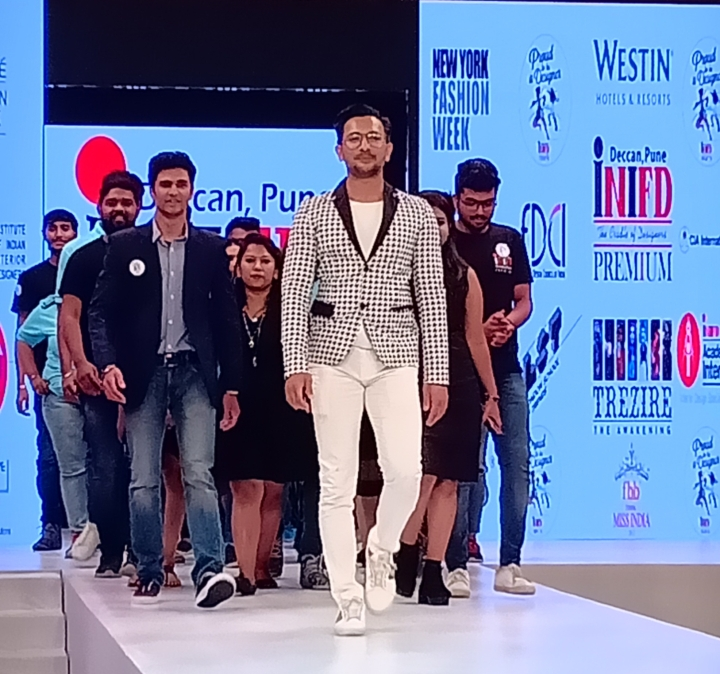 terrence-lewis-at-inifd-deccan-annual-fashion-show.jpeg