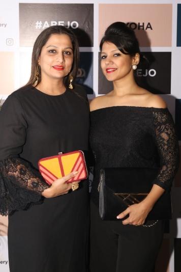 Vidhya Tiwari and Divya