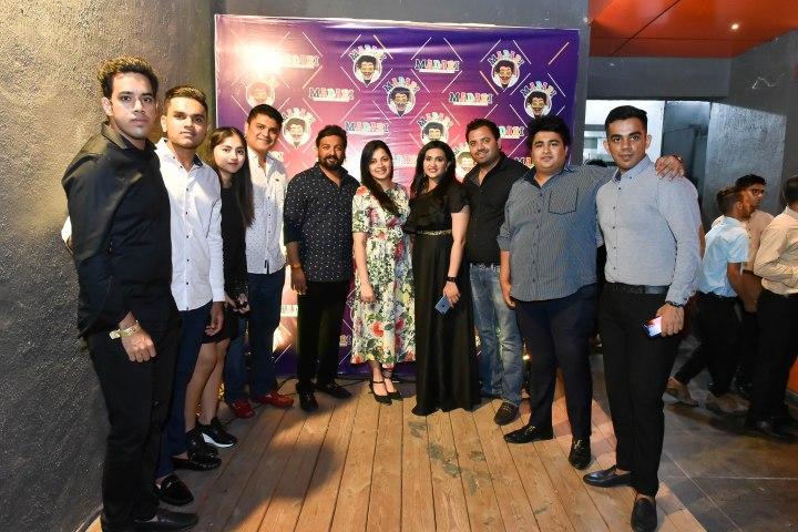 Swapnil Kalokhe, Sanjay Kumbhare, Atul & Gauri Benke, Aarti & Ashish Kumbare, Siddharth & Dhiresh Kalokhe With Friends.jpg